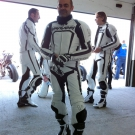 uniformes Vanucci-Bild in der Boxengasse