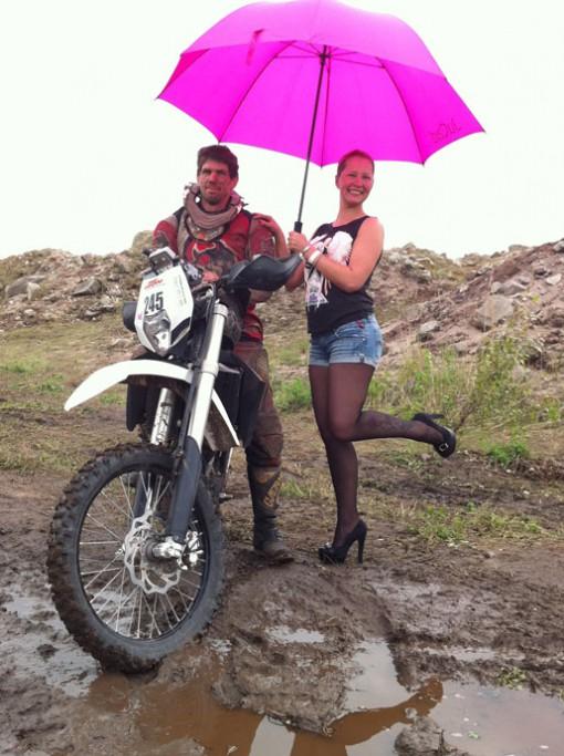 Dirtgirl mit Gridgirl