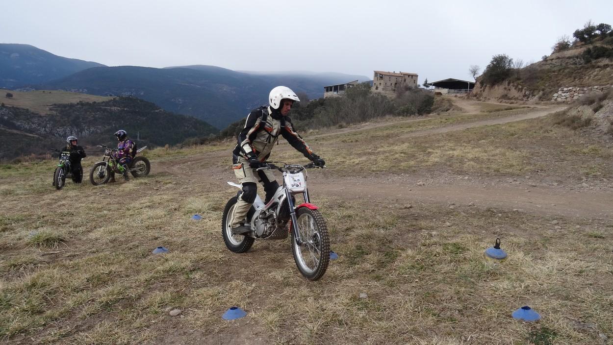 Gleich am nächsten Morgen das erste Training zum Anfreunden mit den kleinen Montesas.