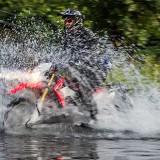 Flussdurchquerung mit einer Honda CRF250L