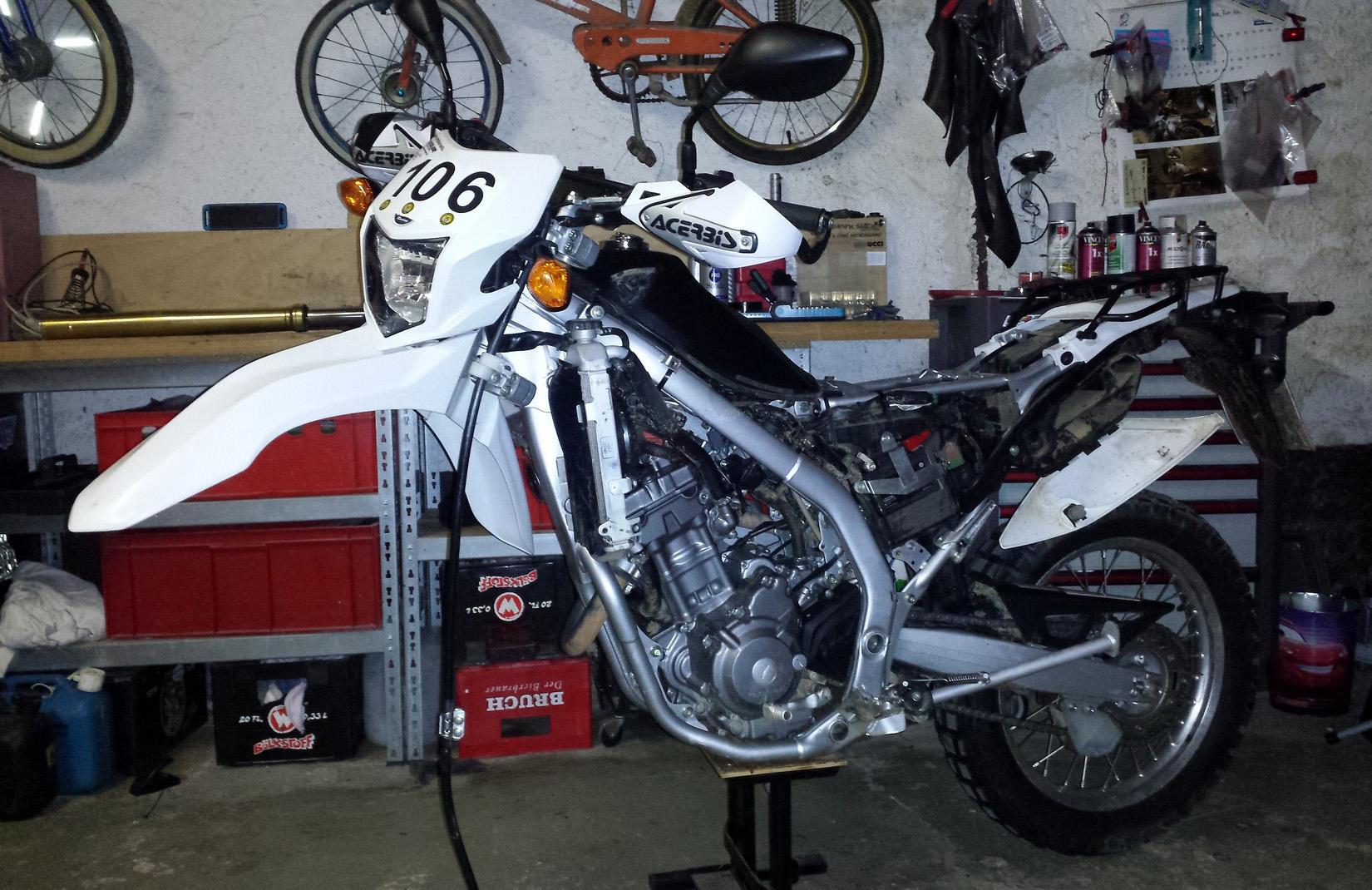 Honda CRF 250l - Gabel ausbauen